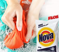 Powder for hand washing of clothes